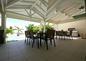 la terrasse couverte de 100 m²