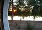 14 Coucher de soleil depuis un hublot de la roulotte de shanti