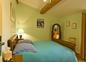 Chambre lit double et douche privative