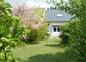 arrière du gîte avec jardin privatif