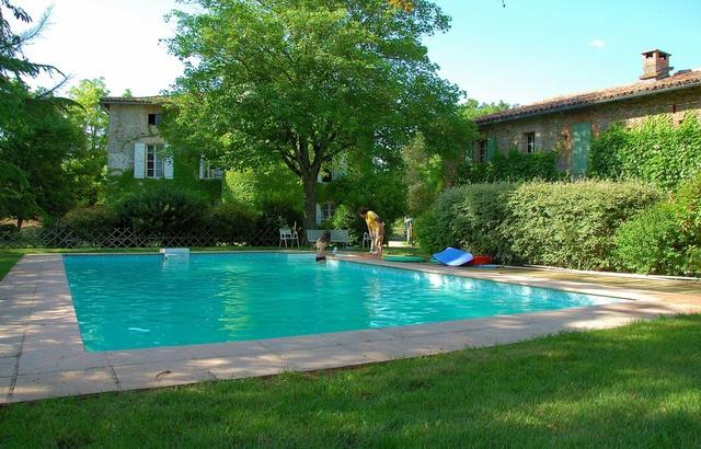 G te le mas de preignan gite piscine midi pyr n es tarn for Piscine bois tarn