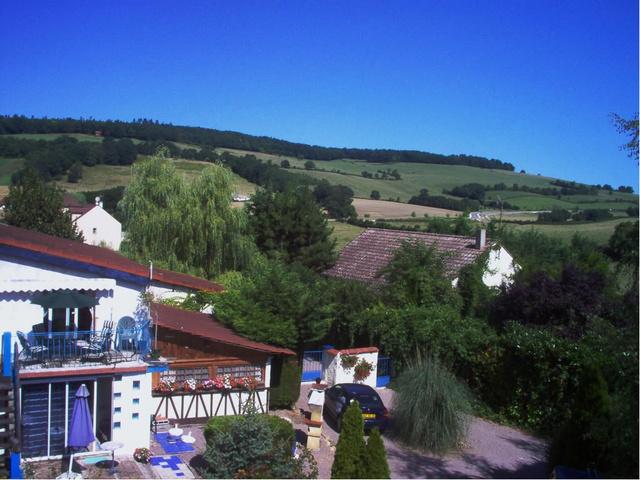 G te les collines de chevigny gite piscine bourgogne for Gite de france bourgogne avec piscine