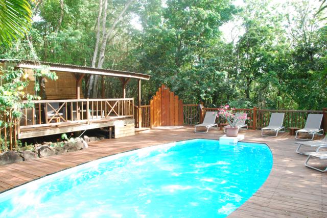 G te au jardin des colibris deshaies gite piscine for Au jardin des colibris deshaies guadeloupe